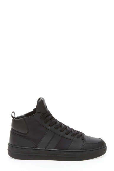Black man's Cryme London Sneakers 10051